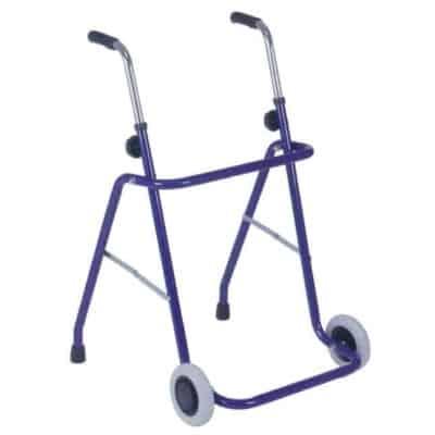 deambulatore-rollator-in-acciaio-con-ruote-fisse-e-puntali-termigea-ro8