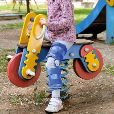 ginocchiera-ortopedica-post-operatoria-per-bambini-fgp-gno-990-k
