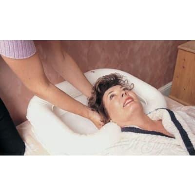 vaschetta-gonfiabile-per-lavaggio-dei-capelli-a-letto-wimed